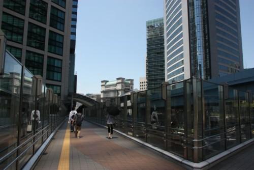5.シオサイト:二階連絡通路-01D 1304q.jpg