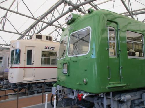 2010系と5000系