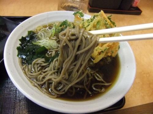 吉野家藤沢北口店のかき揚げそば430円20130405.JPG