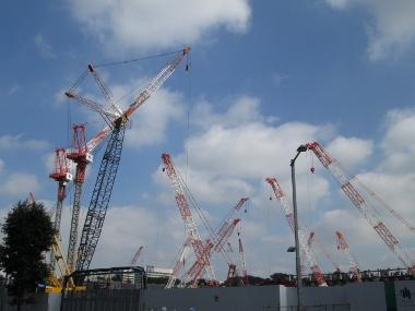 工事中の新国立競技場