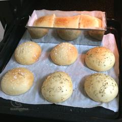 140228 パネトーネマザーで白いパン - 焼き上がり