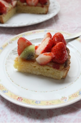 イチゴとキウイのタルト3.jpg