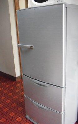 冷蔵庫外.JPG