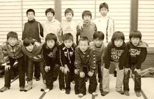 25年度卒団生.jpg
