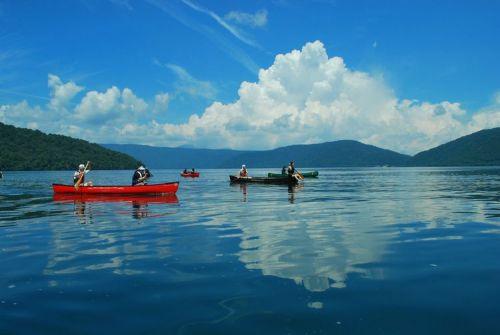 canoe_001.jpg