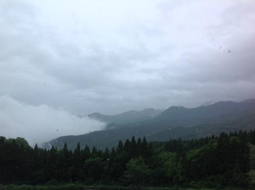 窓の外の景色.jpg