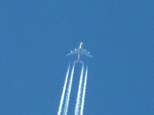 飛行機雲4.JPG